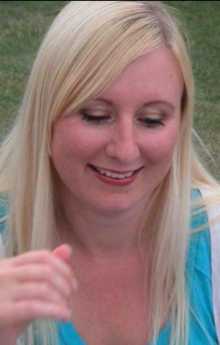 Family pay tribute following death of woman